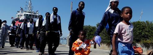 Les migrants, grands oubliés du G7 de Taormine