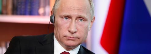Vladimir Poutine nie toute ingérence dans les campagnes française et américaine