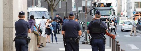 Paris s'inquiète du harcèlement des femmes dans la rue