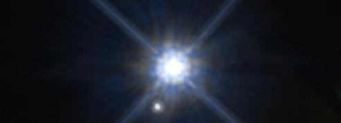 Une étoile pesée avec la balance d'Einstein