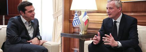 À Athènes, Bruno Le Maire joue les médiateurs sur la dette
