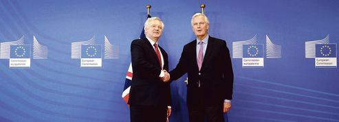 Brexit : le Royaume-Uni et l'UE lancent la procédure de divorce