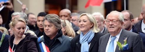 Au FN, le crépuscule du mythe Le Pen