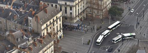 Canicule à Nantes : des conducteurs de bus portent la jupe, à défaut de shorts