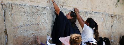 Israël: Nétanyahou renonce à la mixité au mur des Lamentations