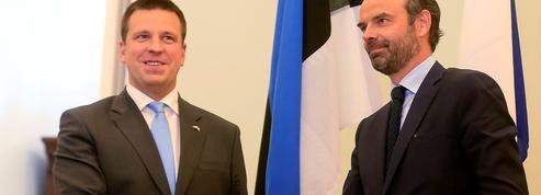 En visite en Estonie, Édouard Philippe fait comme si de rien n'était...