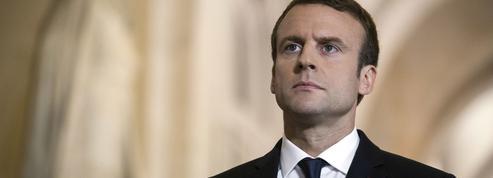 En plongée dans un sous-marin, Macron pourrait manquer le discours d'Edouard Philippe