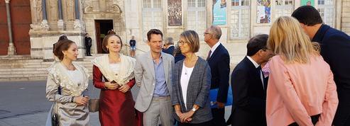 Aux Rencontres d'Arles, Françoise Nyssen défend l'apprentissage artistique