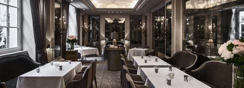 Hôtel Crillon côté table, un Écrin plat