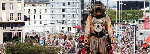Le Scaphandrier géant et son fils ont célébré la naissance du Havre