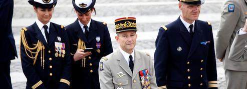 Le sort du chef d'état-major des armées en suspens