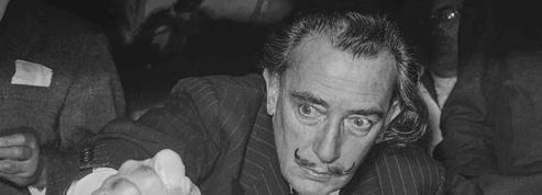 La surréaliste exhumation de Dali, 28 ans après sa mort