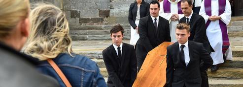 Le spectre de l'affaire Grégory plane sur les obsèques du juge Lambert