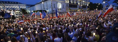 Comprendre le bras de fer entre la Pologne et l'Union européenne en cinq questions