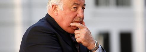Gérard Larcher s'active en coulisses pour conserver la présidence du Sénat