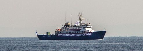 Tunisie: le bateau antimigrant au point mort