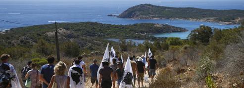 Corse : des habitants réclament la démolition de deux villas