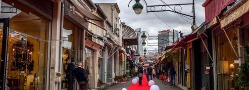 Aux abords des Puces de Saint-Ouen, les pickpockets inquiètent