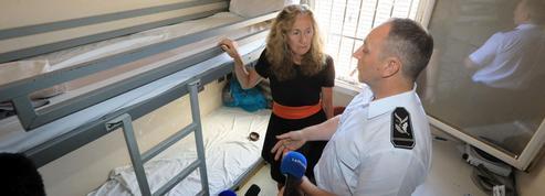 La garde des Sceaux veut aller plus loin avec les téléphones bridés en prison