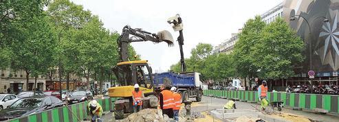 À Paris, le plan vélo d'Hidalgo, cauchemar des automobilistes
