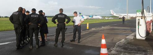 Saint-Martin: le gouvernement veut éteindre la polémique sur la gestion de la crise