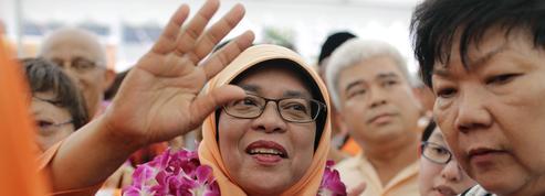 Une femme devient présidente de Singapour