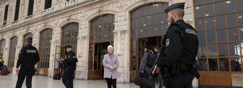 Clandestin et multi-récidiviste : le parcours sidérant du terroriste islamiste de Marseille