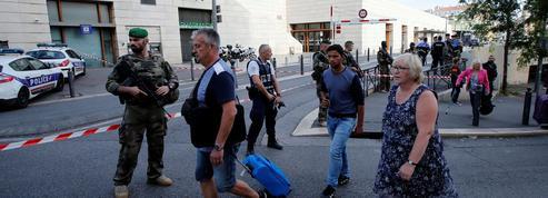 Attentat de Marseille : les deux victimes s'appelaient Mauranne et Laura