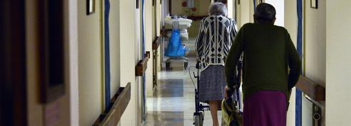 Maisons de retraite : de Rugy évoque une baisse des tarifs pour compenser la hausse de la CSG