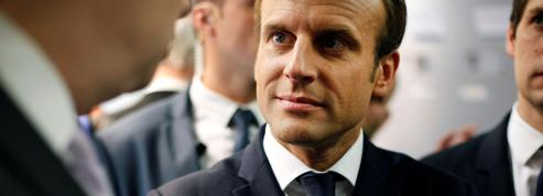 Pour Macron, l'urgence de structurer son aile gauche