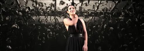 Lina El Arabi, une révélation sur scène dans Mon Ange