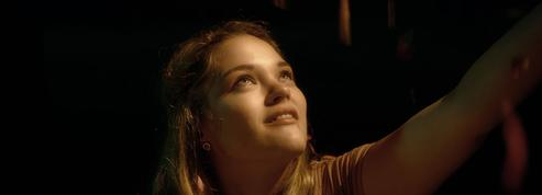 Tous les rêves du monde :songe d'une jeune fille franco-portugaise