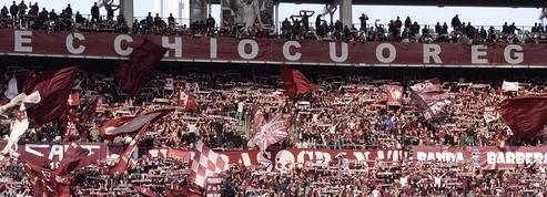 Des fans d'Ascoli boycottent la minute de silence après l'affaire de la photo d'Anne Frank