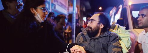 Libéré, un instituteur poursuivi par Ankara continue sa grève de la faim