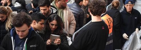 iPhone X : le spectacle dérisoire des files d'attente