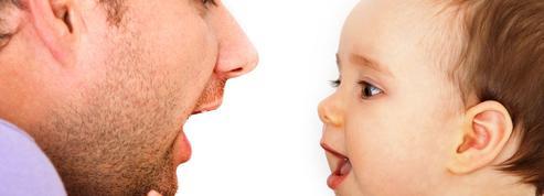 Comment le sens des mots vient aux bébés