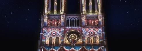 Époustouflante mise en lumière de Notre-Dame de Paris