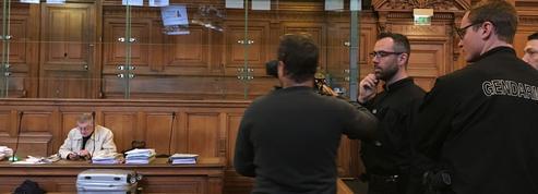 Paris Match visé par une enquête après avoir publié des photos du procès Merah