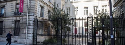 Des élus parisiens veulent transformer Solférino en logement social