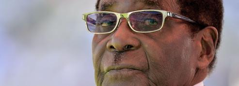 Zimbabwe : le président Mugabe démissionne après 37 ans de pouvoir