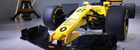 Exclusivité Figaroscope : une Formule 1 en Lego sur les Champs-Élysées