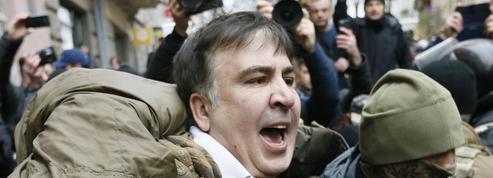 L'ancien président géorgien Saakachvili arrêté en Ukraine puis libéré par ses partisans