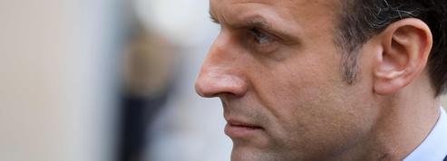 Emmanuel Macron pulvérise l'audiovisuel public