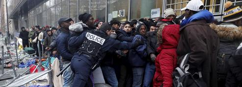 Migrants à Paris : le sordide «trottoir des 40.000»