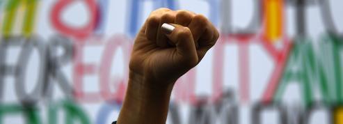 «Féminisme», mot de l'année aux États-Unis et bientôt en France ?