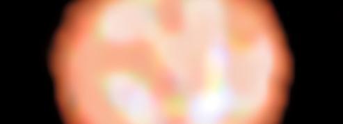 Le bouillonnement d'une étoile géante imagé pour la première fois