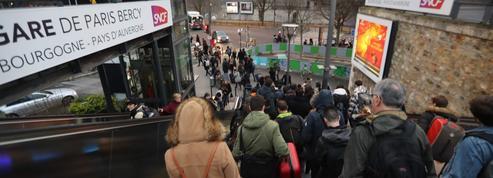 SNCF: les trains sans réservation ont provoqué la colère des clients de Noël