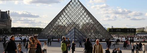 Le Louvre sort la tête de l'eau avec une fréquentation en hausse de 10% en 2017
