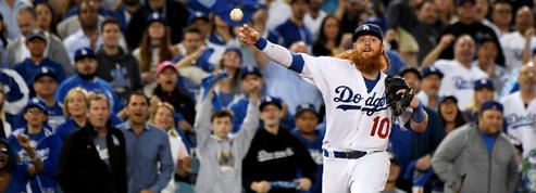 Baseball : un agent de joueurs licencié pour avoir filmé ses clients sous la douche