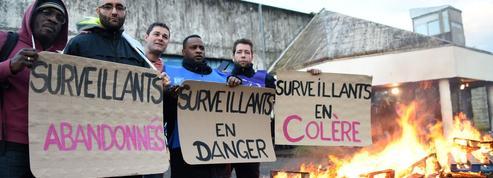 Agression à Vendin-le-Vieil: les blocages de prisons se poursuivent